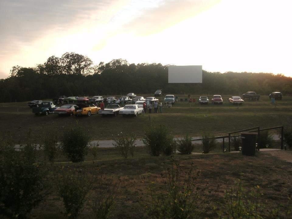 Starlite Drive-In Movie Theater